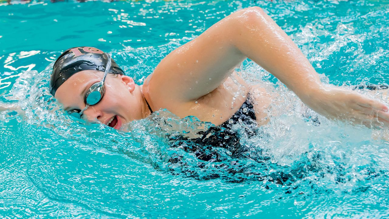 Iona Gaels Sweep Providence Men, Women at Home