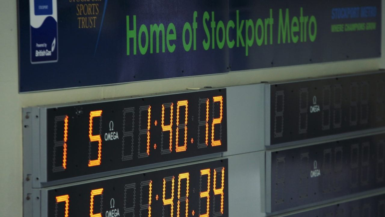 Stockport Metro Swimmers Take Down Guinness Record For 100 x 50m Relay