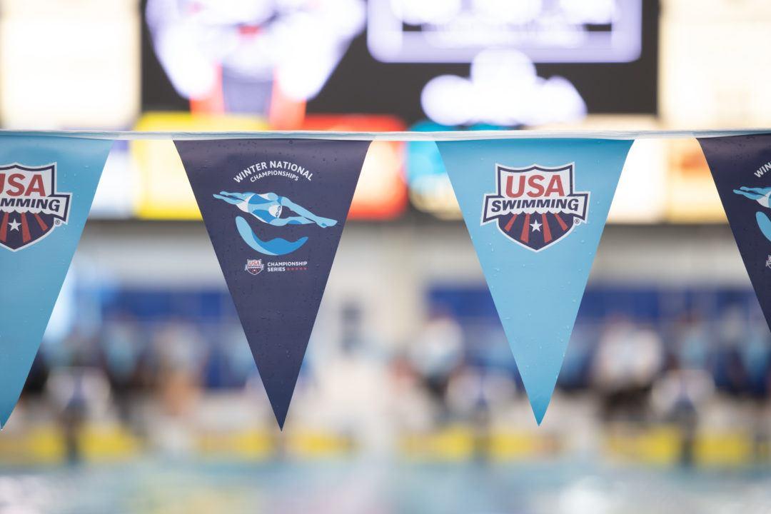 SwimSwam Pulse: 51% Favor Split Winter Juniors Format