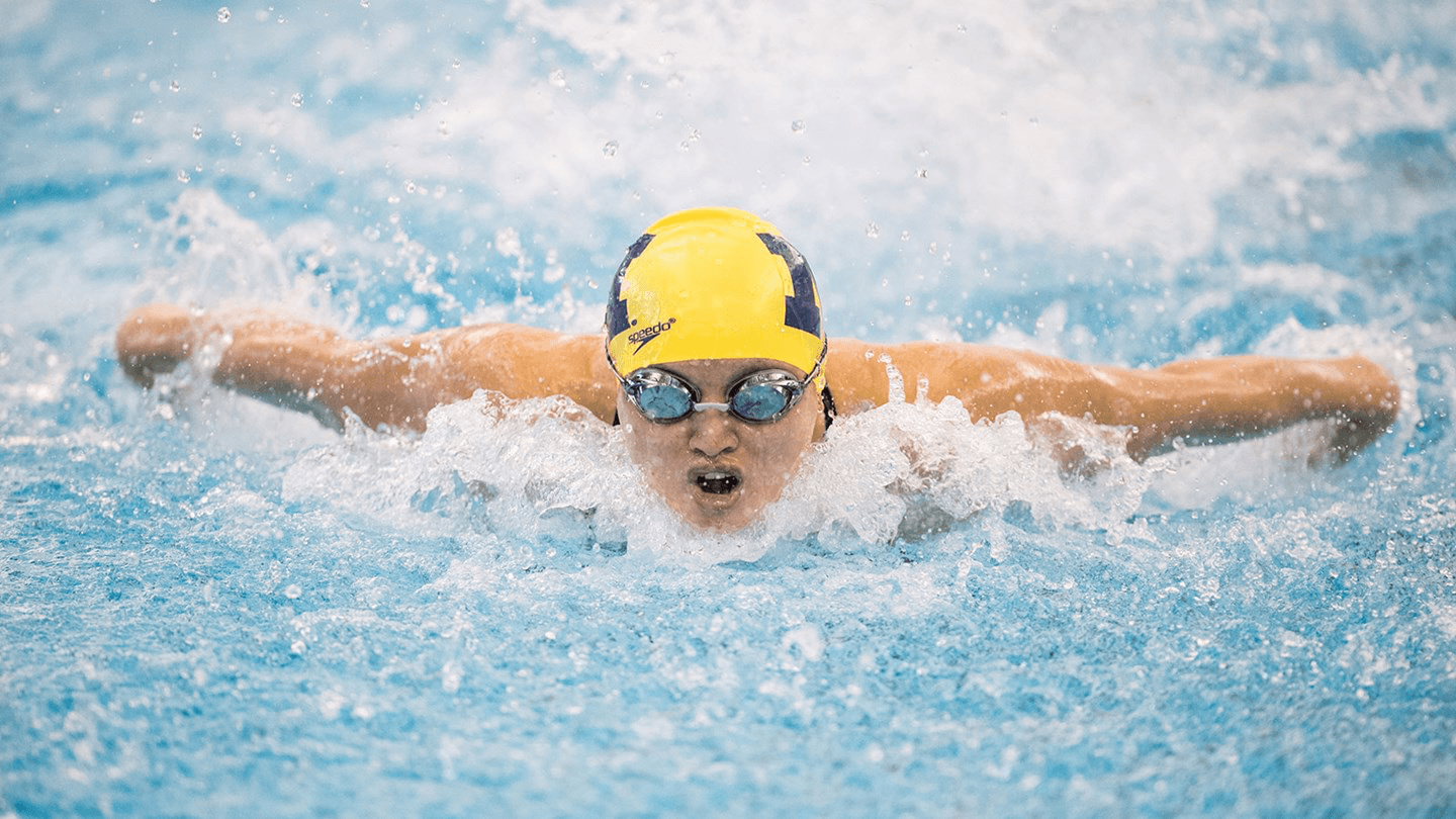 Michigan's Maggie MacNeil Moves to 6th All-Time With 50.09 100 Fly
