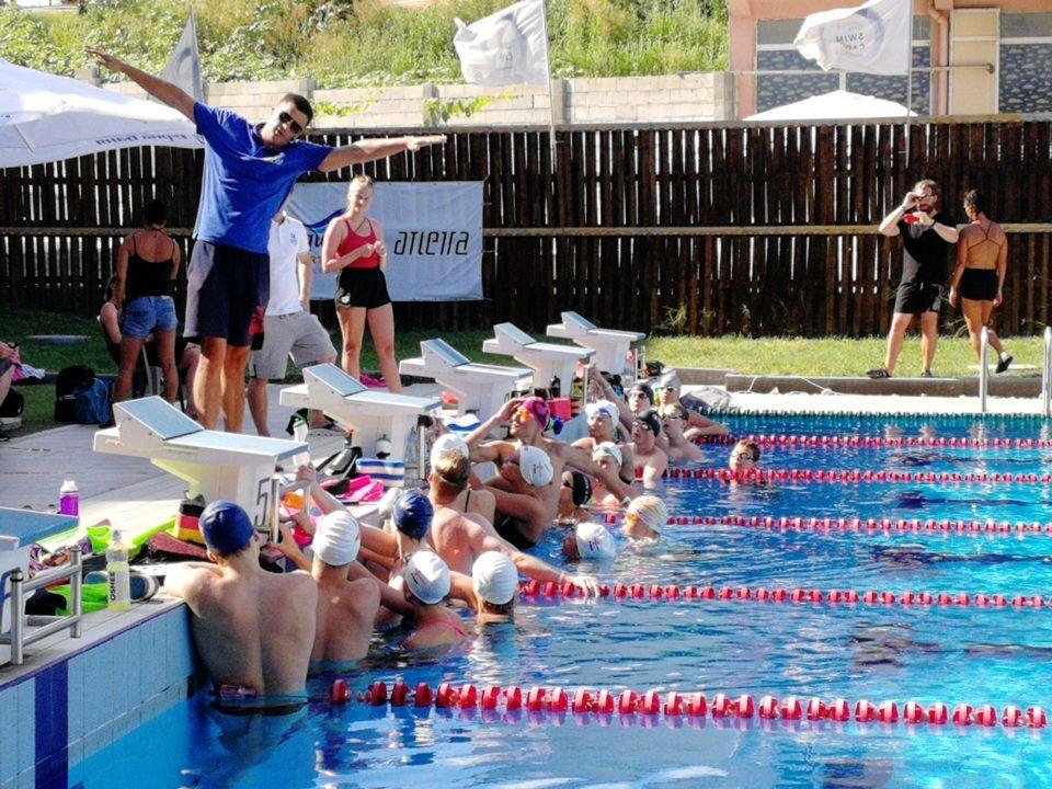 Perchè Mio Figlio Dovrebbe Andare Ad Uno Swim Camp?