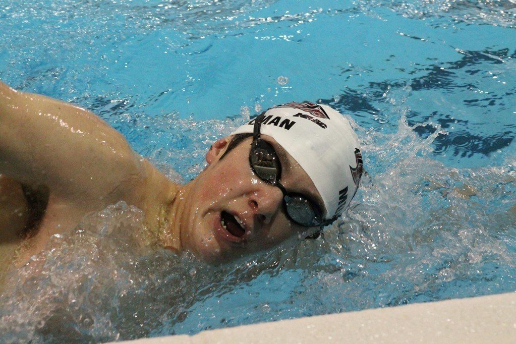 Lucas Musselman Breaks Pool Record as Rider Beats Monmouth