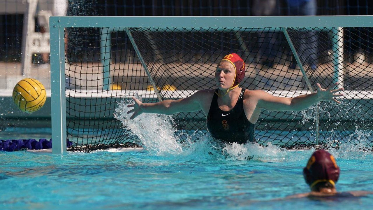 USA Women Crush Canada 15-4 on Day 2 at Water Polo World League Super Final