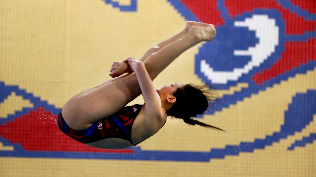 Vicky Xu Downs Big 12 3-Meter Record in Kansas' Win Over Iowa State