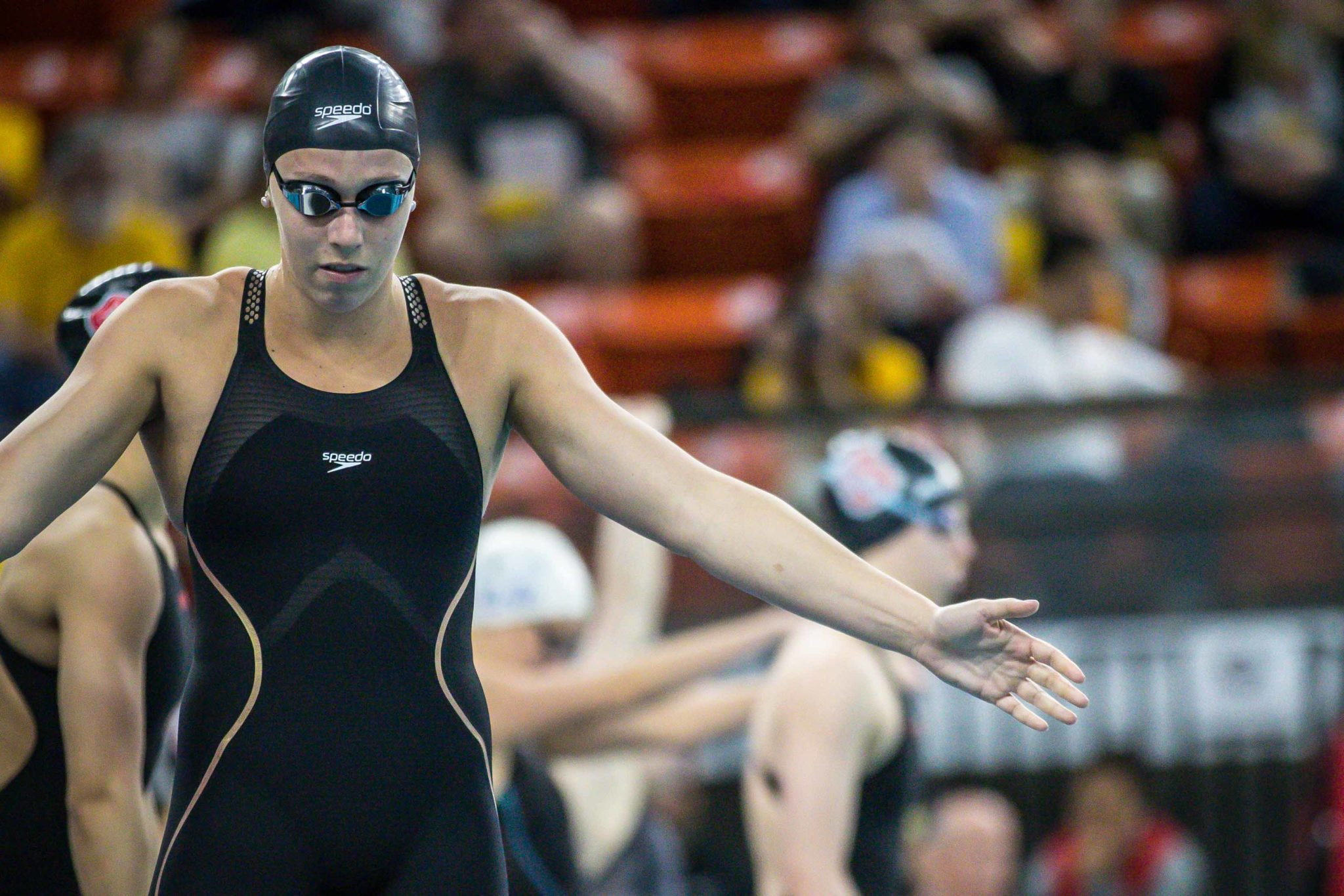 Abbey Weitzeil Becomes First Woman Under 21 Seconds in 50-Yard Freestyle