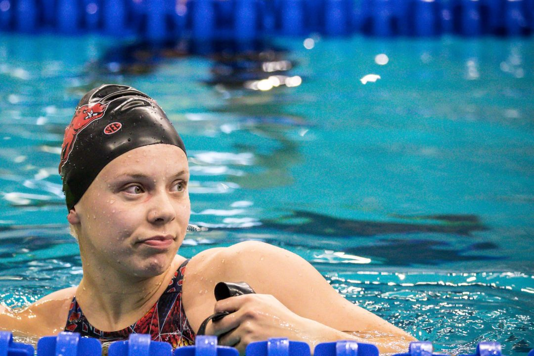 Anna Hopkin Clocks 53.94 in 100 Meter Free at Missouri LC Qualifier