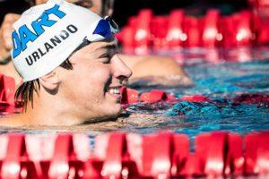 Vidéo du 200 papillon de Urlando qui efface Phelps des Records 17-18 ans