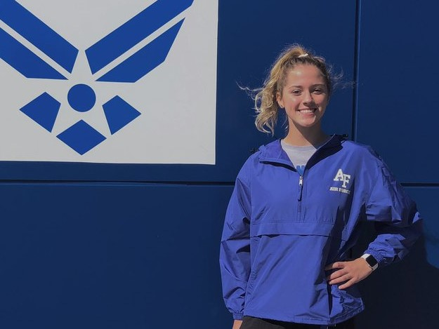 Bella Ratzlaff Announces Verbal Commitment to Air Force Academy