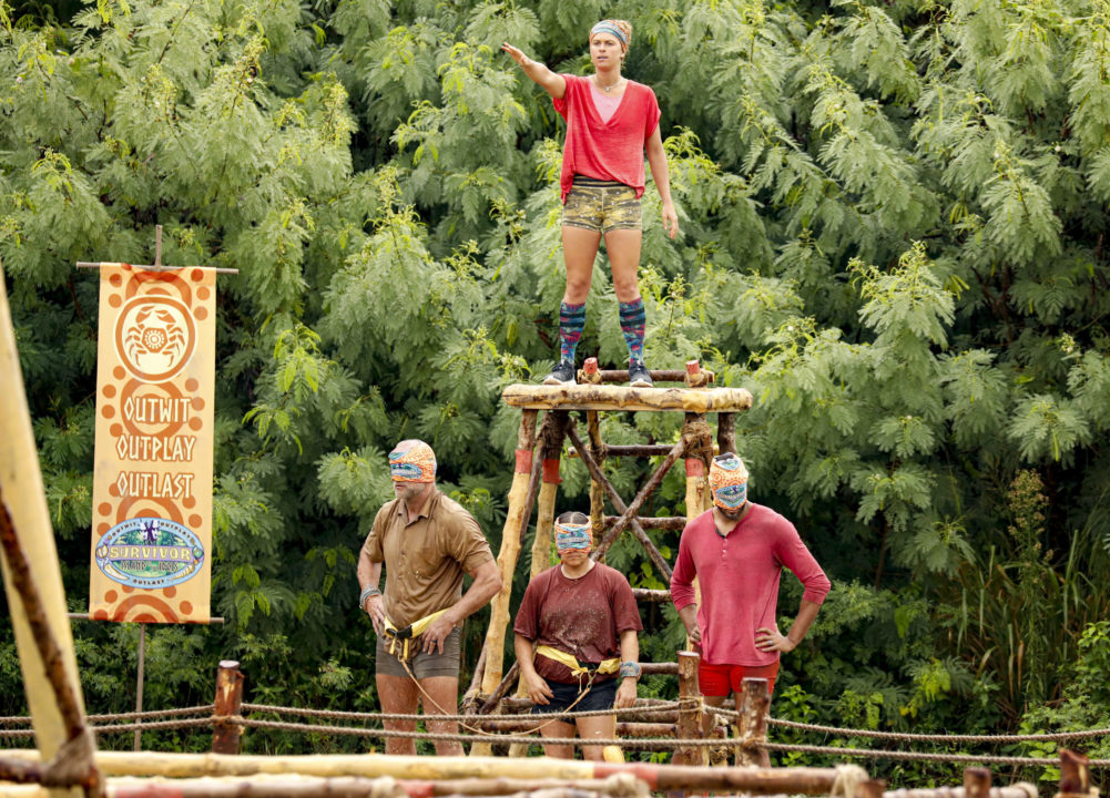 Elizabeth Beisel on Survivor, Episode 4: The Classic Blindfold Challenge