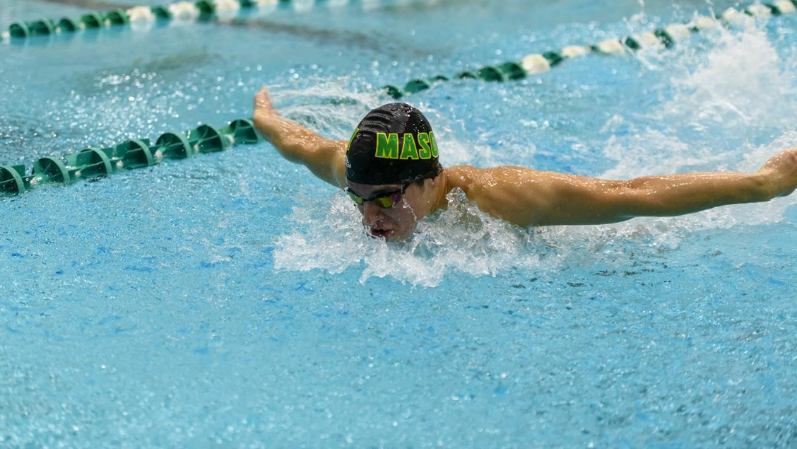George Mason Men, Delaware Women Win in Saturday Dual