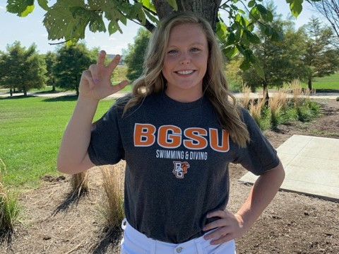 Bowling Green Earns Verbal Commitment from In-state Breaststroker Liv Riggs