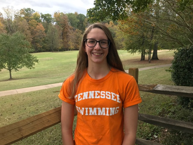 Rangy Freestyler Summer Eaker Verbally Commits to Tennessee (2021)