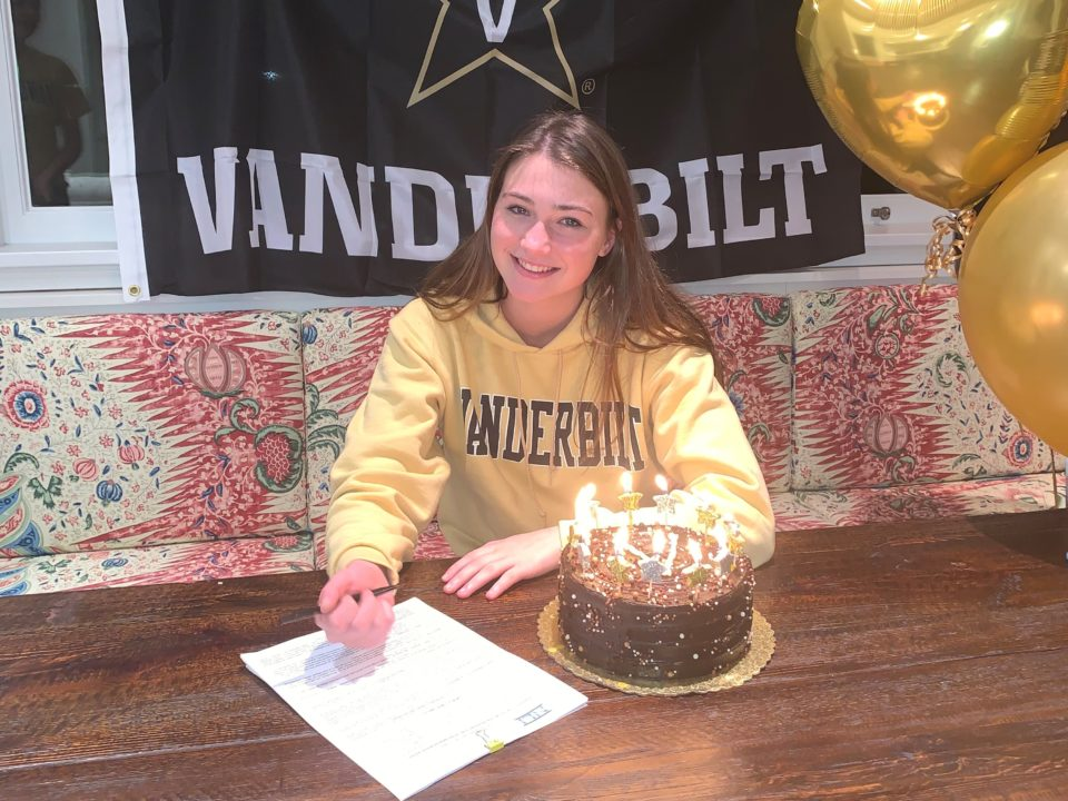 Breaststroke Lauren McCormack Makes Commitment to Vanderbilt