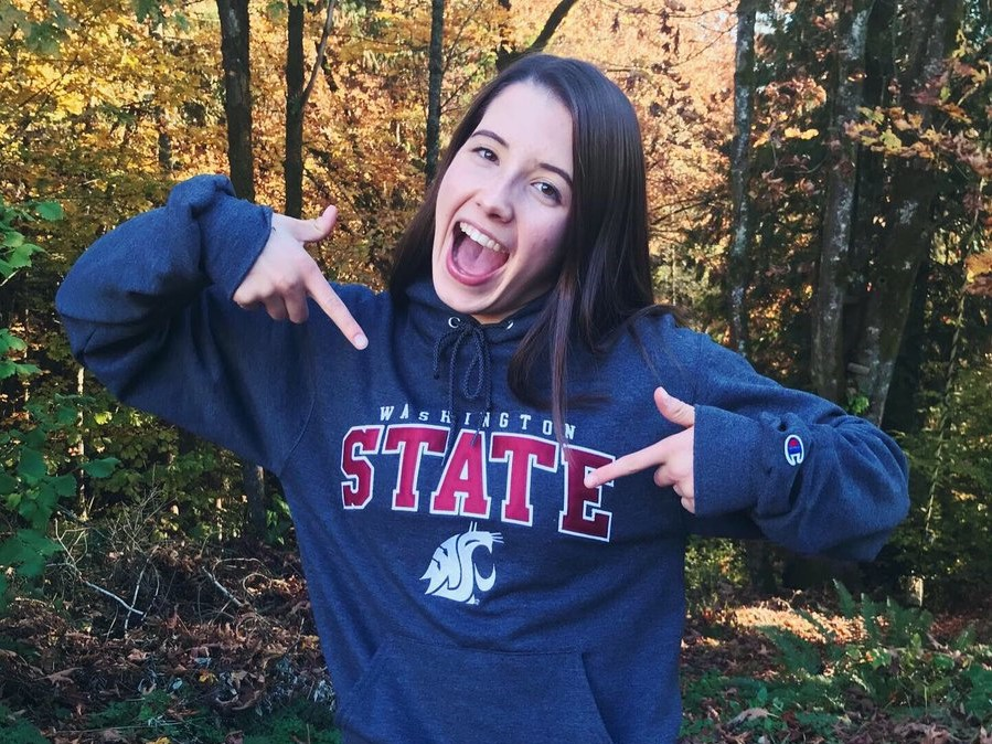 Breaststroker Emily Ward (2020) Verbally Commits to Washington State