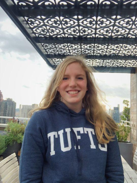 IM'er Esme Blackstock Commits to Swim for DIII Tufts University