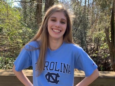 Maddie Singletary of SwimAtlanta Commits to North Carolina for 2021