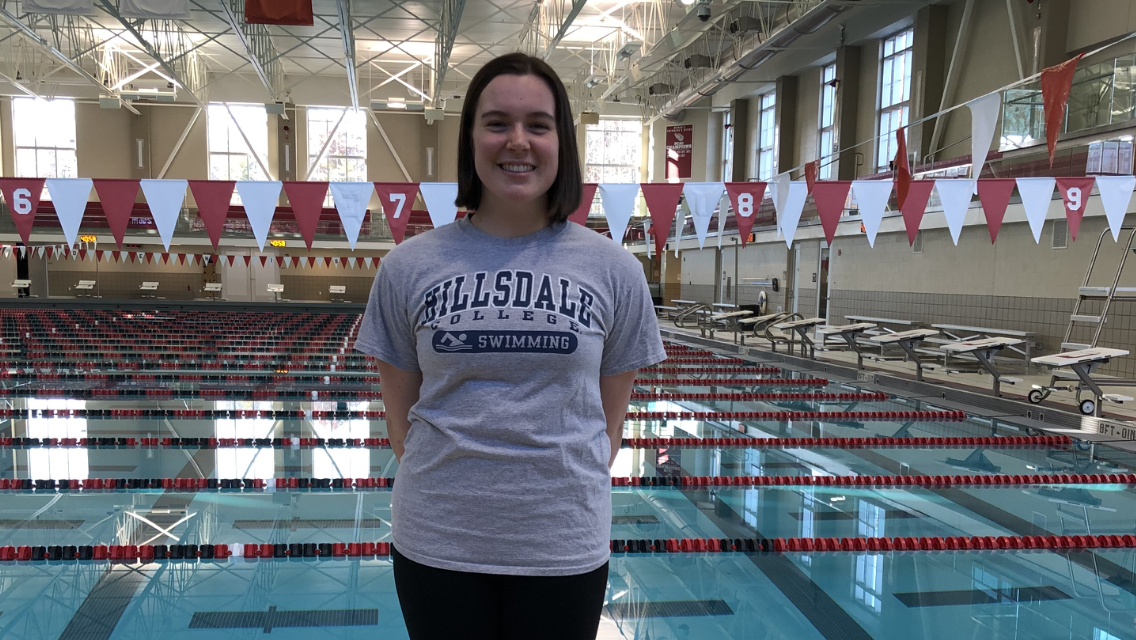 Hillsdale College Receives Commitment From Caroline Holmes
