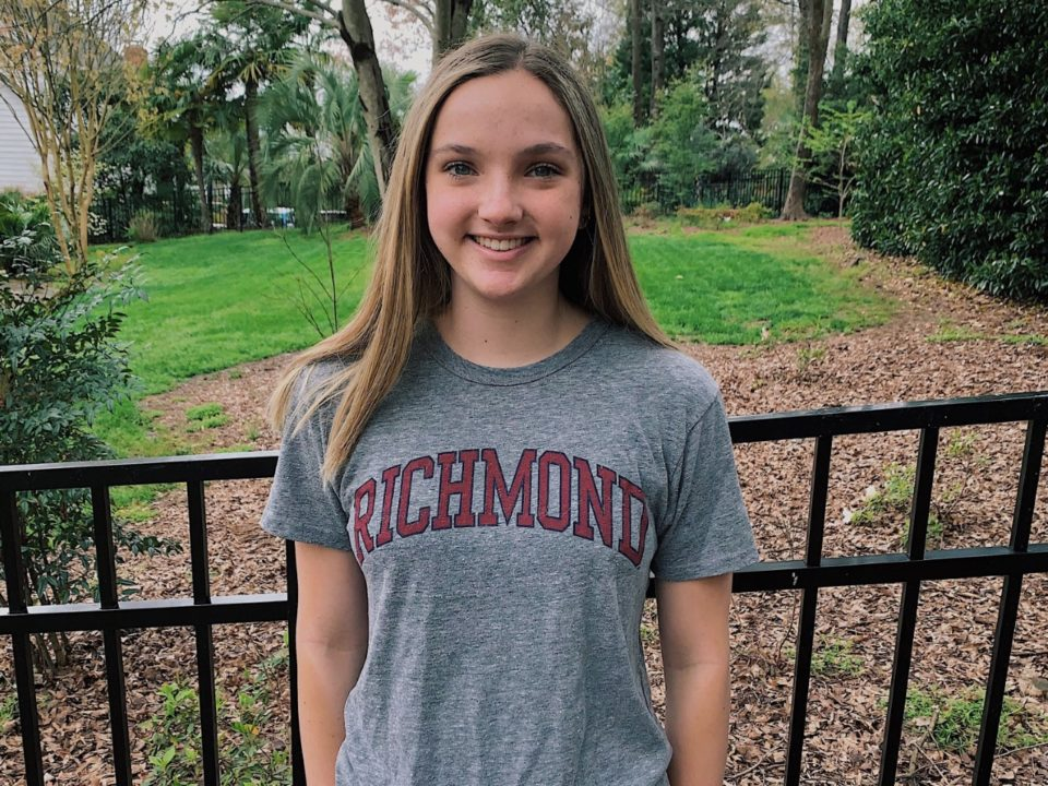 SwimMAC's Laura Davis Has Committed to the Richmond Spiders for 2021-22