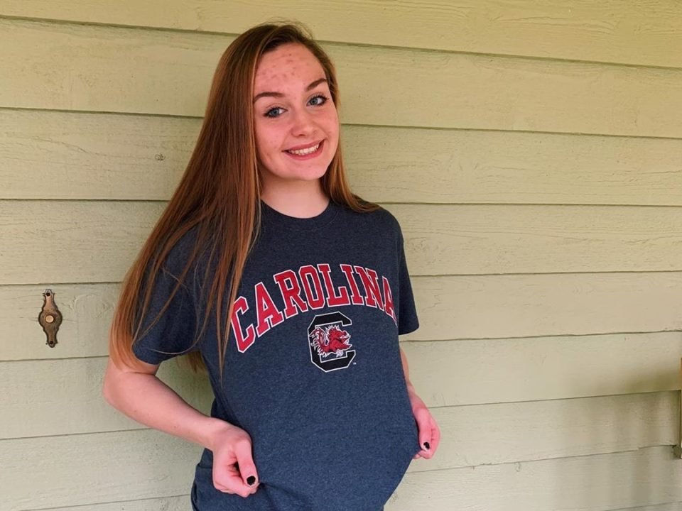 Versatile Maddie Pierce Verbally Commits to South Carolina for 2021-22