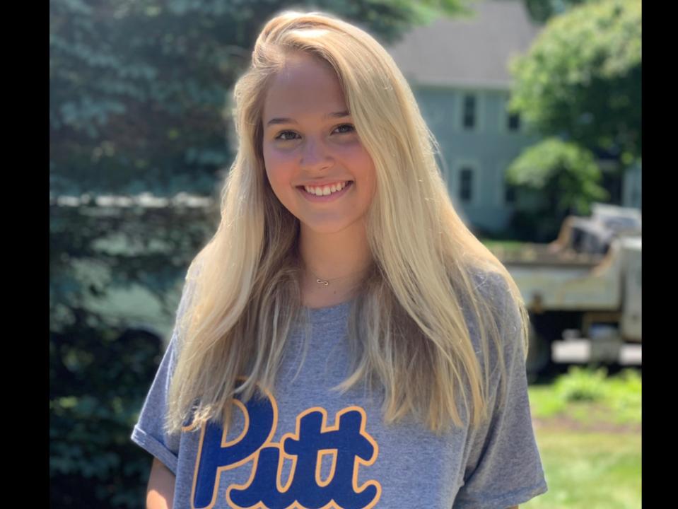 Winter Juniors Qualifier Tessa Mock Verbally Commits to Pitt
