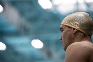 Anton McKee remata con récord islandés y nórdico en 100 braza