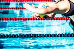 2021 Spring Cup, Irvine Kicks Off with Claire Tuggle Winning the 800 Free