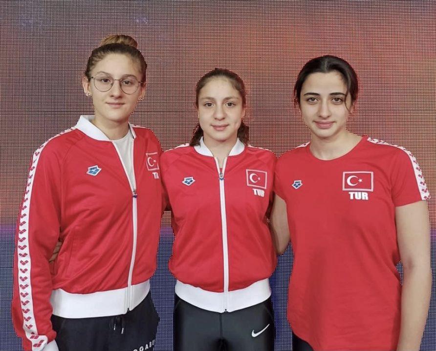 Campionati Turchi Beril Bocekler Record Anche Nei 400 Stile Libero