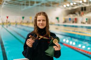 Sylvia Statkevičius, 13 años, 4:26.62 en 400 libre desde Lituania