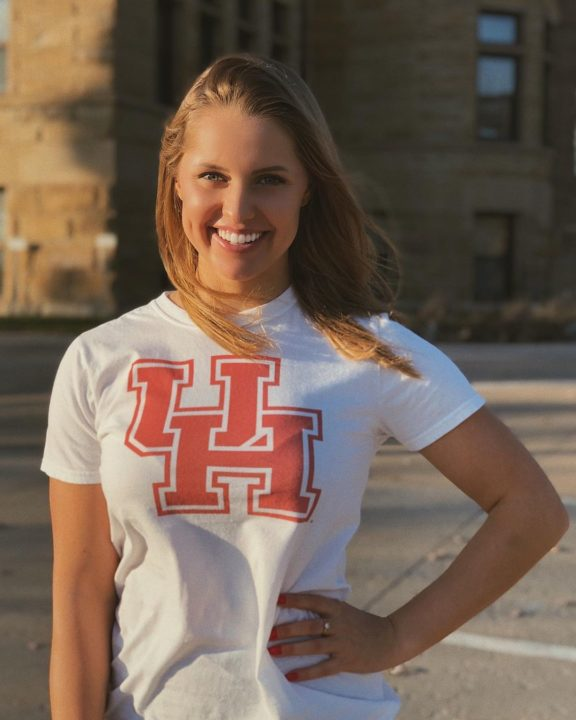 After Iowa Cuts Swimming & Diving, Poland's Julia Koluch Transfers to Houston