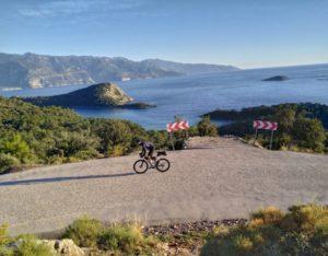 Coronavirus Pauses Jonas Deichmann's World Triathlon in Turkey