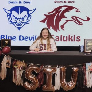 Sault Surge Aquatic Team's Ali Robertson Signs with SIU