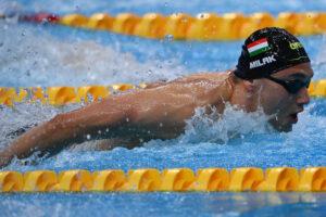 Milak rebaja el Récord de los Campeonatos de 100 mariposa en semifinales: 50.62