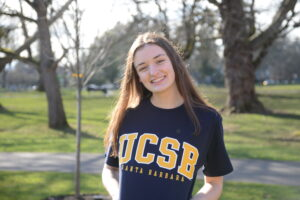 Winter Juniors Qualifier Hazel Derr Sends Verbal Commitment to UC Santa Barbara
