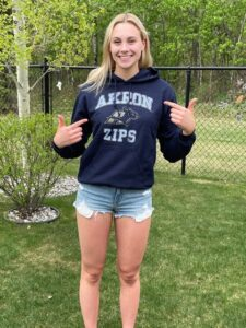 Canadian Breaststroker Elle Couture Sends Verbal to University of Akron